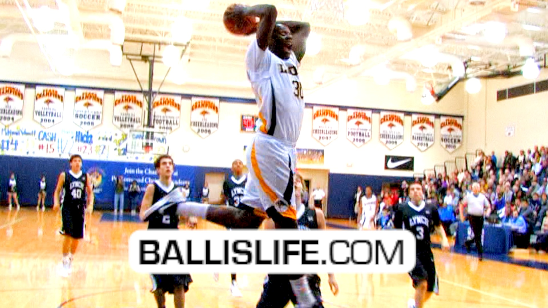 Ballislife | Julius Randle goes for 47 points in 3 quarters