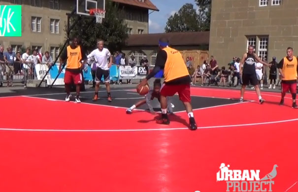 Ankle breaker of the Day: Girls gets crossed at Urban Basket Tournament