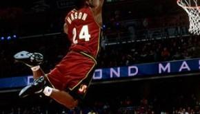 Desmond-Mason-NBA-Dunk-Contest-2001_m