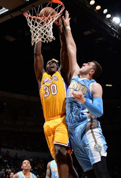 Julius Randle's impressive debut | 1st points is a poster dunk on Jusuf Nurkic
